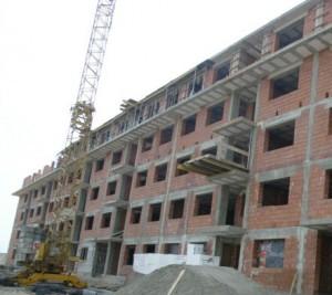 constructii-muncitori-bloc-imobiliare m